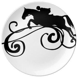 英国の乗馬の華麗さ 磁器プレート