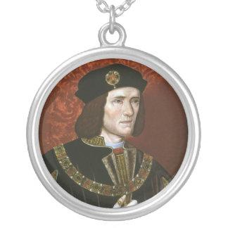 英国の王リチャード三世のポートレート シルバープレートネックレス