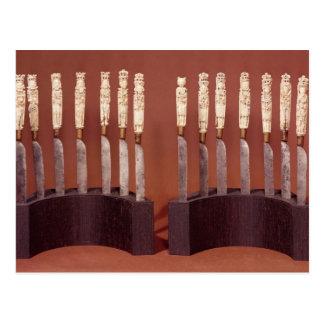 英国の(昆虫)オオカバマダラ、モナークを示す切り分けられたナイフのハンドル ポストカード
