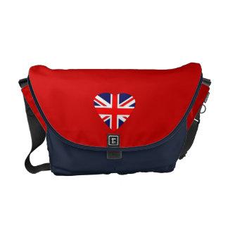 英国国旗のハート クーリエバッグ