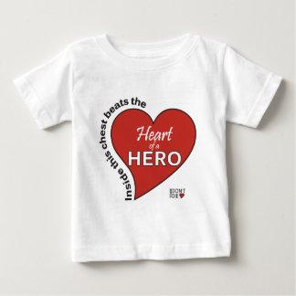 英雄のハート ベビーTシャツ