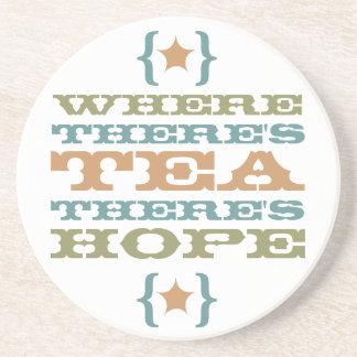 茶がある一方、希望のコースターがあります コースター