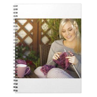 茶を楽しみ、編むこと ノートブック