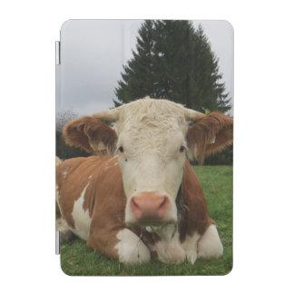 茶色および白い牛置くことの閉めて下さい iPad MINIカバー