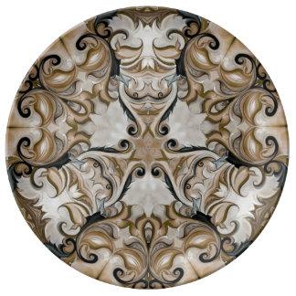 茶色のロマンチックでエレガントな磁器皿 磁器プレート