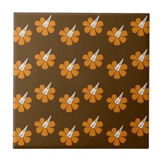 茶色のHornflower タイル