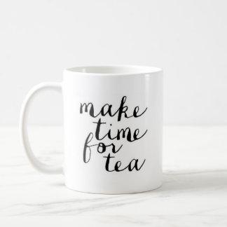 """""""茶"""" -クラシックで白いマグの時間を作って下さい コーヒーマグカップ"""