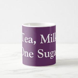 茶、ミルク、1つの砂糖 コーヒーマグカップ