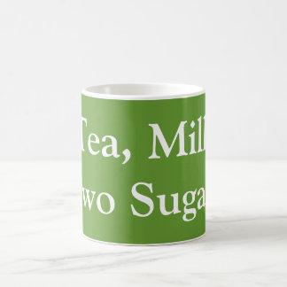 茶、ミルク、2つの砂糖 コーヒーマグカップ
