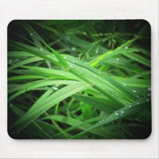草に露が降りて下さい マウスパッド