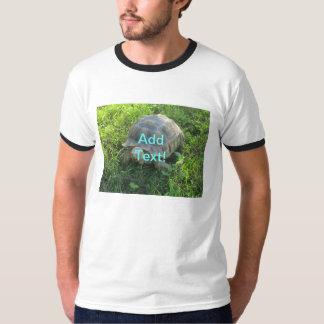 草のカメ Tシャツ