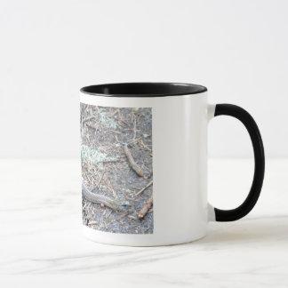 草のヘビ マグカップ