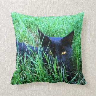 草の猫 クッション