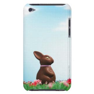 草の花の中のチョコレートイースターのウサギ、 Case-Mate iPod TOUCH ケース