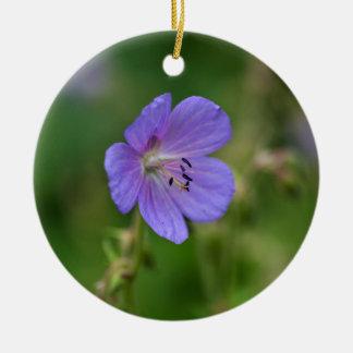 草原のゼラニウムの花 セラミックオーナメント