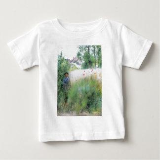 草原の男の子 ベビーTシャツ
