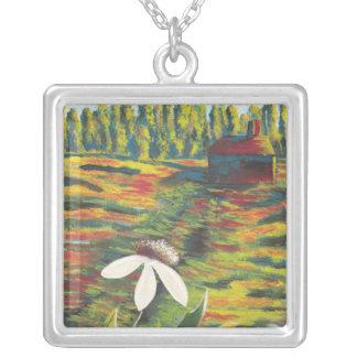 草原の花の明るくカラフルな絵画 シルバープレートネックレス