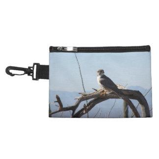 草原の《鳥》ハヤブサ アクセサリーバッグ