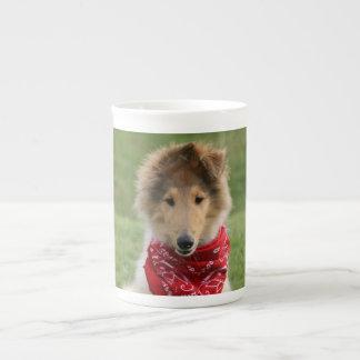 荒いコリーの小犬のかわいく美しい写真 ボーンチャイナカップ
