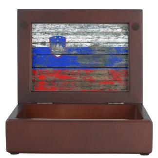 荒い木のスロベニアの旗は効果に乗ります ジュエリーボックス