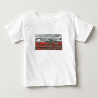 荒い木のポーランドの旗は効果に乗ります ベビーTシャツ