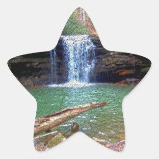 荒野のアパラチア地方住民の滝 星シール