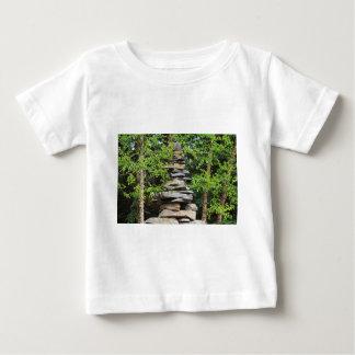 荒野の女性歌手のためのケルン ベビーTシャツ