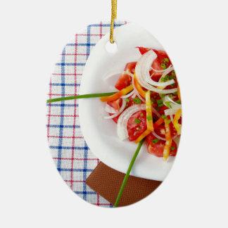 菜食主義サラダの小さい部分の平面図 セラミックオーナメント