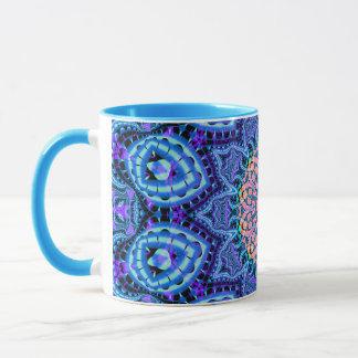 華美で青い花の振動万華鏡のように千変万化するパターンの芸術 マグカップ