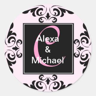 華美なモノグラムの手紙Cのピンクのバラのステッカー ラウンドシール