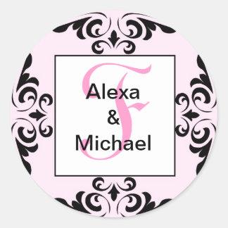 華美なモノグラムの手紙Fのピンクのバラのステッカー ラウンドシール