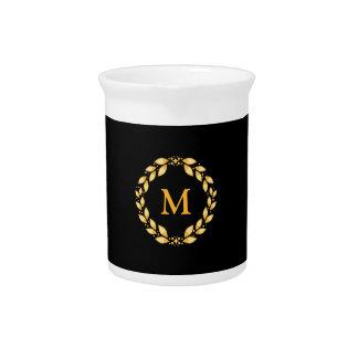 華美な金Leavedローマのリースのモノグラム-黒 ピッチャー