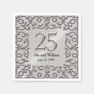 華美な銀製フレームの第25記念日 スタンダードカクテルナプキン