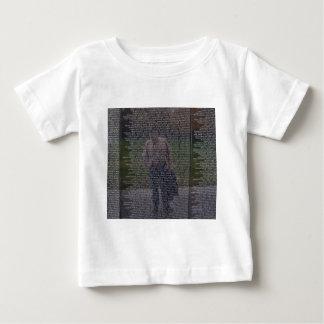 落ちたな兄弟の反射 ベビーTシャツ