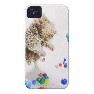 落下の中で跳ぶポルトガルのWaterdog Case-Mate iPhone 4 ケース