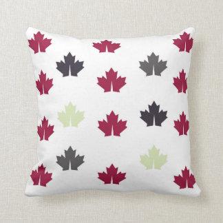 葉のスタイルの枕 クッション