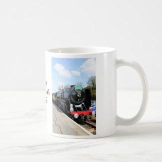 """蒸気の列車の""""オリバー・クロムウェル""""のマグ コーヒーマグカップ"""