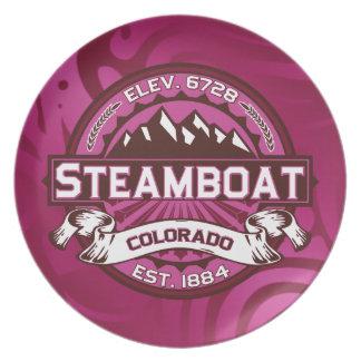 蒸気船のロゴのラズベリー プレート