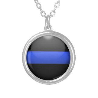薄いブルーラインボタン シルバープレートネックレス