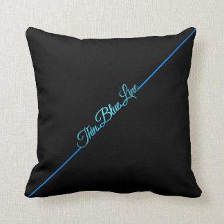 薄いブルーライン枕 クッション