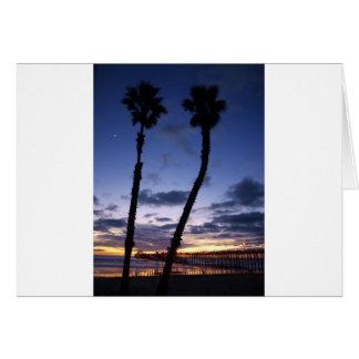 薄暗がりのオーシャンサイド桟橋 カード
