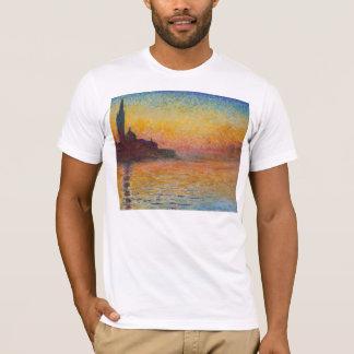 薄暗がりのクロード・モネ-サンジョルジョMaggiore Tシャツ