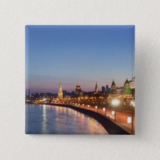 薄暗がりのモスクワの川 5.1CM 正方形バッジ