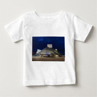 薄暗がりのロックンロール栄誉の殿堂 ベビーTシャツ