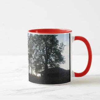 薄暗がりの望楼 マグカップ