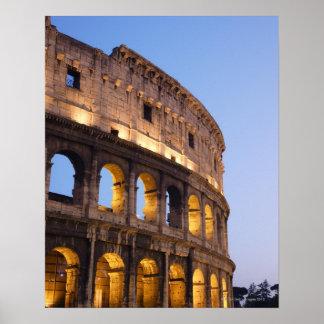 薄暗がりのColosseumの部分 ポスター
