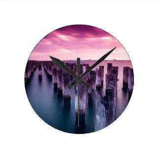 薄暗がりのPier Portメルボルン素晴らしい王子 ラウンド壁時計