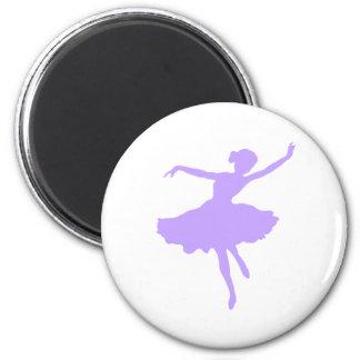 薄紫のタマキビの踊りのバレリーナ マグネット