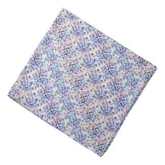 薄紫のパターン(の模様が)ある バンダナ