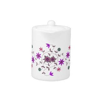 薄紫のプラム春の花園